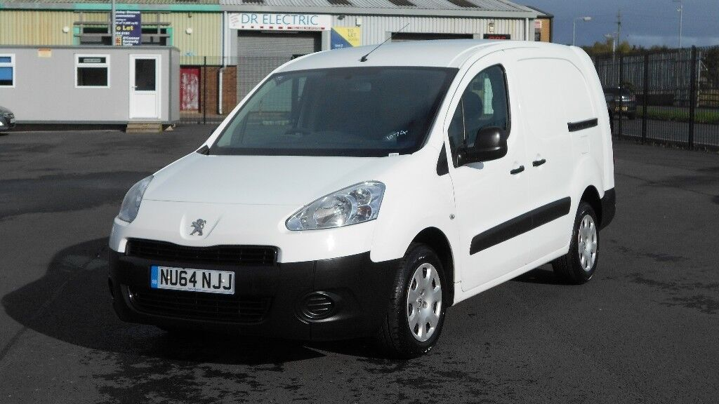 2014 PEUGEOT PARTNER 5 SEATER CREW VAN 90 BHP. PLY LINED. VERY SCARCE MODEL. ONLY 35K MILES.