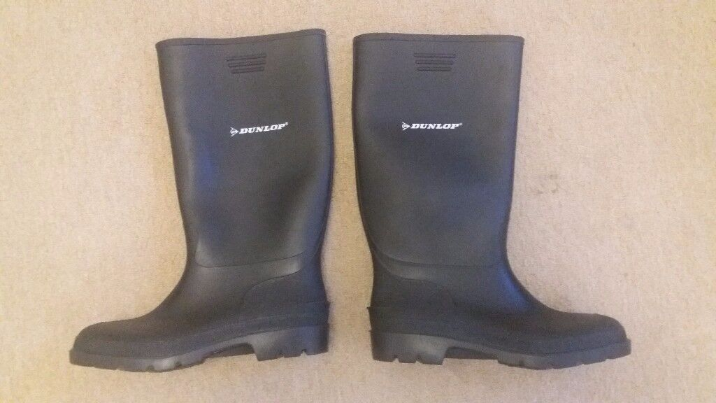 Dunlop Size 10 / Euro 44 / US 11 Mens Wellies Wellington Boots. NEW!!! Black. Lined. Made 2017.