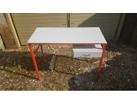 Small grey and red desk - free