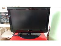 """LG 26"""" LCD HD ready TV model 26LG3000 *Please note not available for collection until end of March*"""