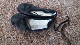 ballet shoes size 6 Arabesque