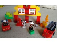 LEGO Duplo Several sets. Including starter set 5380, Fire Station 6138, ETC