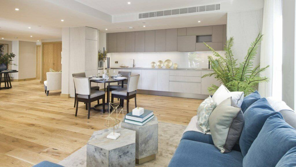 LUXURY DESIGNER FURNISHED - BRAND NEW! DESIGNER FURNISHED 1 BEDROOM APARTMENT PADDINGTON BAYSWATER