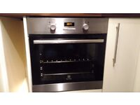 Integrated oven (2 years old)