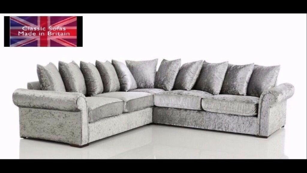 This is new Recbecca Crushed velvet conner sofa in Chesterfield style.