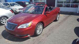 2012 Chrysler 200 Touring**40782 KM**