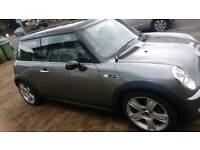 MINI COOPER S 1.6 SUPERCHARGED AUTOMATIC WITH VERY LOW MILEAGE FULL LEATHER INTERIOR