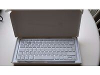 Compact Apple Keyboard used but excellent condition in original box