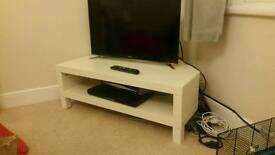 Cream corner tv unit