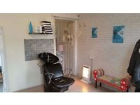 Hairdresser Chair to Rent & Full Use of Hair Salon in Park St, St Albans