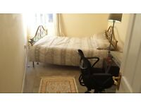 Double Bedroom 4 the Summer, centrally located