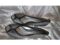 Elegant high heel size 5