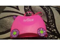 Pink trunki suitcase