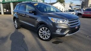 2017 FORD ESCAPE TITANIUM / AWD / TOIT PANO. / NAV