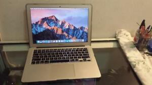 2015 13 Macbook Air with Intel Core i5 Processor, Webcam and Wireless