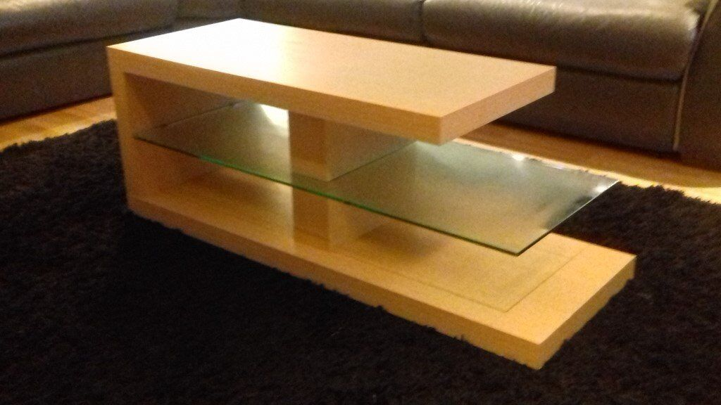 TV Stand/Unit Light oak 6 months old excellent condition