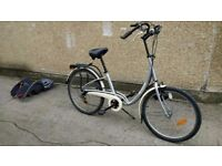 Dutch style bike with child seat ladies hybrid decathlon hoprider 5,2