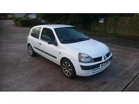 RENAULT CLIO 565 DCI (white) 2002