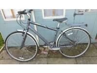 Mongoose 200 crossway hybrid bike