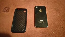 Black iPhone 4 - Perfect condition - Like New With Case