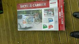 Bicycle carrier for 3 bikes