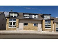 Spacious two bed top floor flat to rent in Brightons, Falkirk