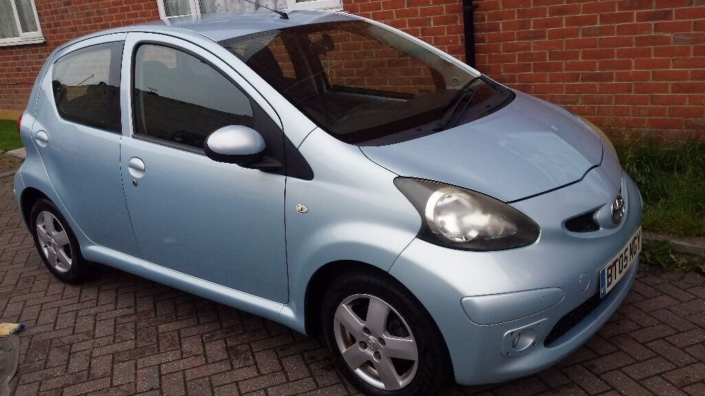 2005 toyota aygo sport 998cc vvt i blue 5 door 20 per. Black Bedroom Furniture Sets. Home Design Ideas