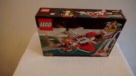 LEGO ADVENTURERS DINO ISLAND HOPPER set 5935