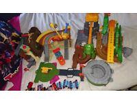 Thomas take n play train bundle