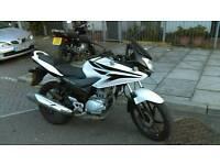 Honda CBF125 (Only 9K miles) 2011 reg