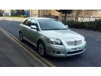 2009 toyota avensis 1.8 tr ***looks and drives superb***
