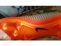 Size 8 Nike cr7 boots