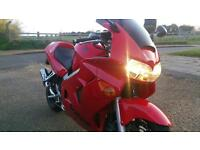 2000 Honda VFR800 fix only 26477 miles, very clean bike. Bargain £1850 ovno