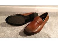 Dune London Men's Brown Leather Shoes (size 7)