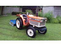 Kubota compact tractor, 22HP diesel
