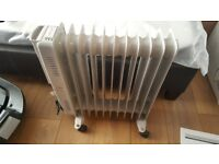 2 oil filled heaters for sale. Excellent condition