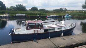 Houseboat motor sailor 30ft grp boatshed broker