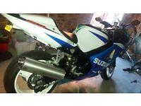 Suzuki gsx r600 k1