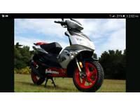 2011 49cc moped.