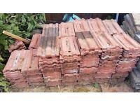 Reclaimed roof tiles 385 x 227 mm