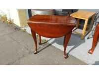 Lovely Drop Leaf Side / Plant / Lamp / Dining Table