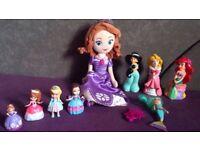 Disney Princes Sophia and plastic friends figures-bundle