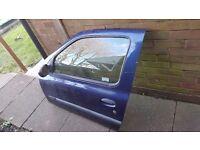 Renault clio passenger side door