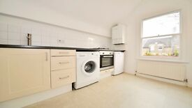 **1 BED TOP FLOOR FLAT** NEWLY DECORATED!! FURNISHED, ISLINGTON, ZONE 2, ARCHWAY, HIGHGATE, N6!!