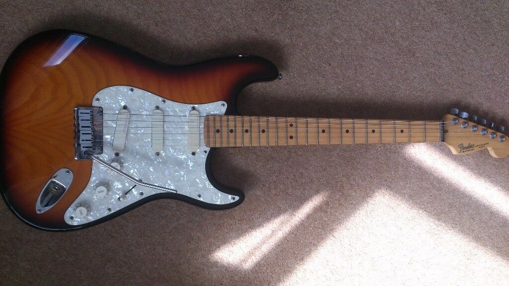 Fender Stratocaster Plus Deluxe USA Sunburst