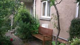 2 bedroom ground floor flat to share Hoseason Gardens Edinburgh corstorphine clermiston