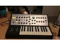 Moog Sub Phatty, Rarely used, stil with original box