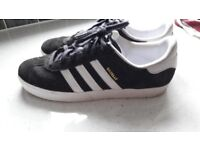 Grey adidas gazelle size 5