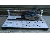 Macalister tile saw in good working order! Can deliver or post