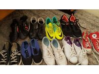 Shoes/sandals/rugby boots/trainers
